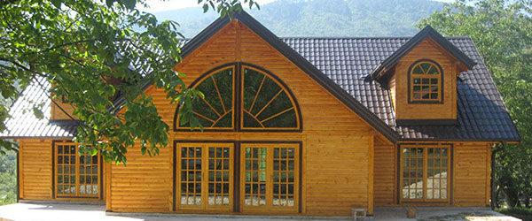 Дрвене куће