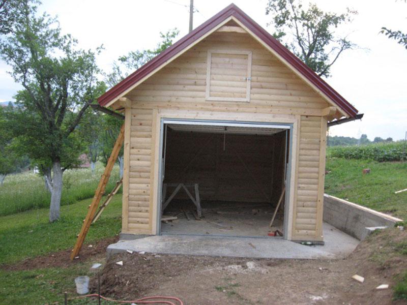 Брвнара - гаража Власеница