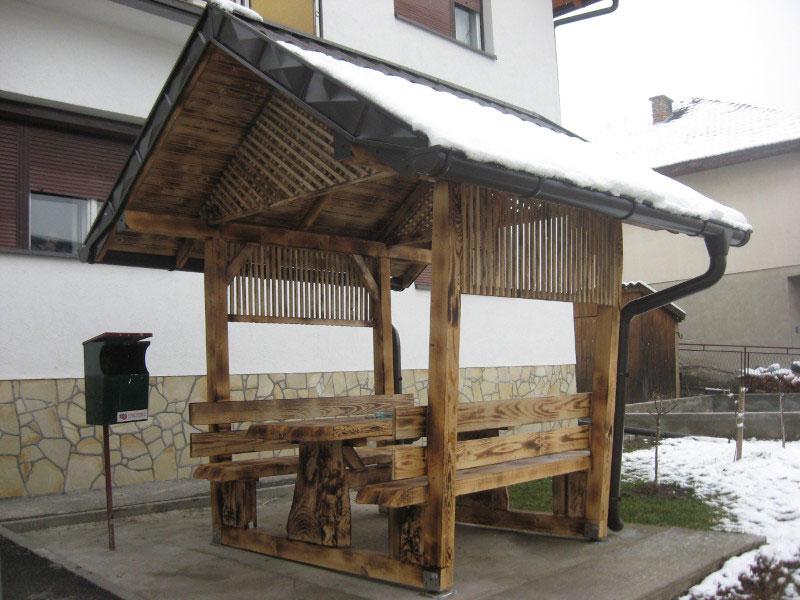 Баштенски намештај - Летњиковац